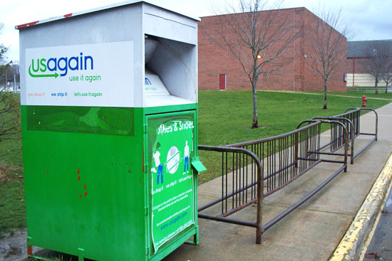 PHOTO BY BILL KNIGHT USAgain has a collection bin on the west side of Peoria Heights Grade School.